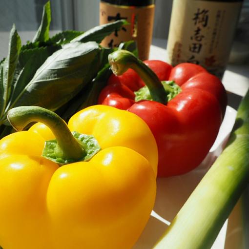 >パプリカやねぎなどの野菜