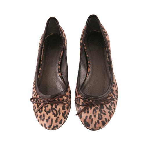 レオパード柄の靴