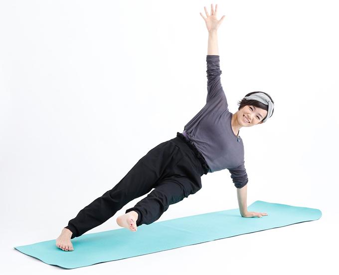 山本華子先生の体幹強化のポーズ