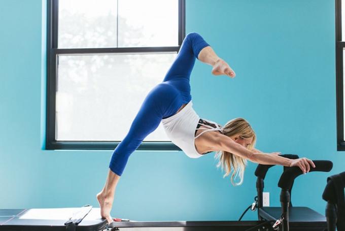 SLTトレーニングをする女性