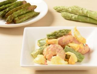 肉巻きだけじゃない!食感とコクがクセになるアスパラ簡単レシピ