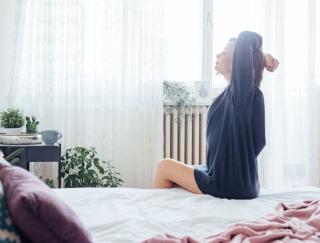 「最近やせにくいかも…」基礎代謝を上げるゴロ寝マッサージ