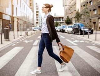 """江戸時代の旅行に""""ウォーキング""""でトライできるアプリ「徒歩でゆく ~東海道五十三次」"""