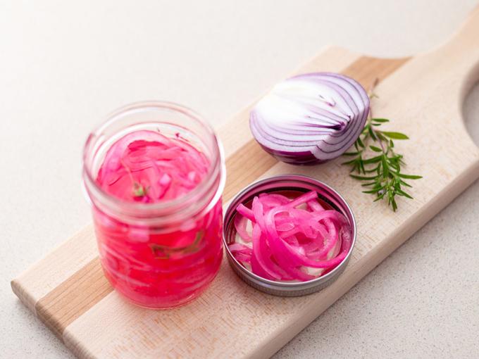 紫玉ねぎの酢漬け