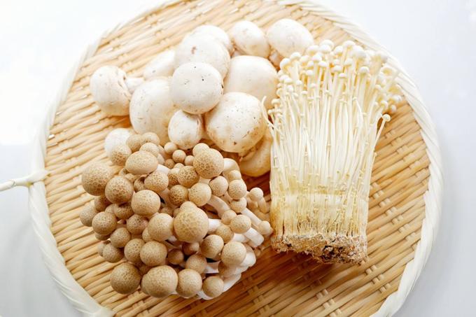 便のかさを増やす不溶性食物繊維が豊富なきのこ