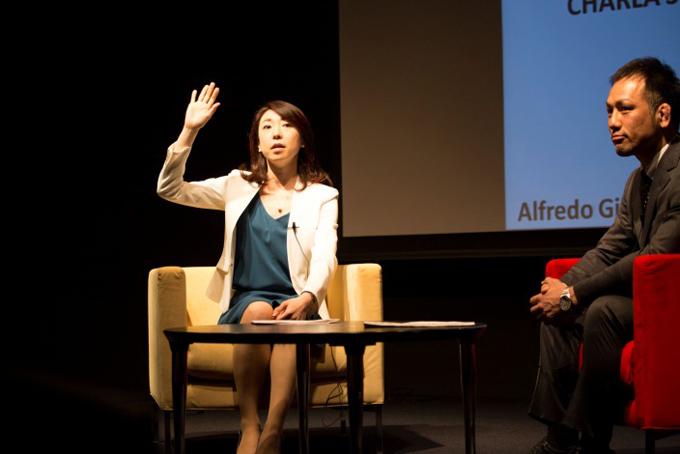 講演会中の中村さん