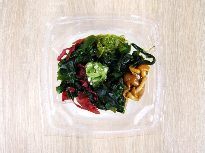 容器のふたを外した「ネバネバとろーり豆腐」の画像