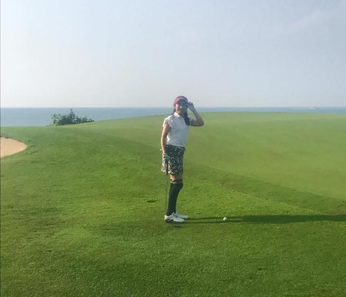 木下先生リアビンタンゴルフクラブでプレイ
