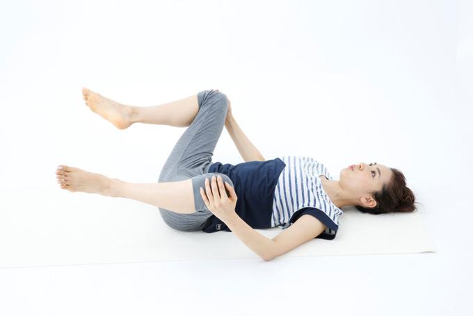 ひざ開脚の工程2
