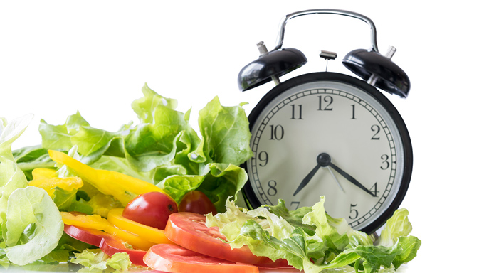 時計と野菜