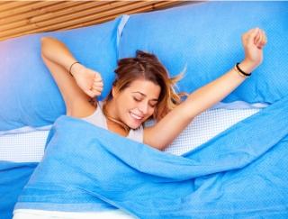 「毎日寝起きが気持ちいいと人生変わる」 眠りが浅いレム睡眠時に起こしてくれるアプリ「Sleep Meister」