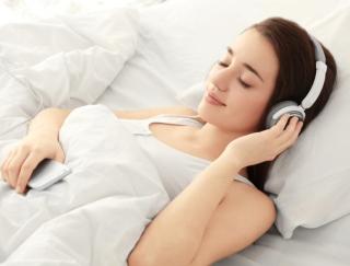 """音楽療法をとり入れた快眠ミュージックで""""睡眠の質""""を上げるアプリ「オトサプリ」"""