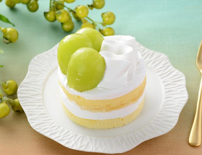 公式サイトで掲載された「シャインマスカットのショートケーキ」の画像