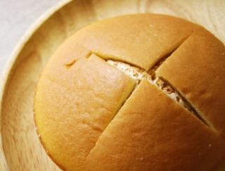 あっさり食べられる! ファミマの人気スイーツ「ダブルクリームサンド」シリーズの新作は「キャラメル&ホイップ」