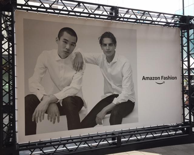 アマゾンファッションウイークのパネル