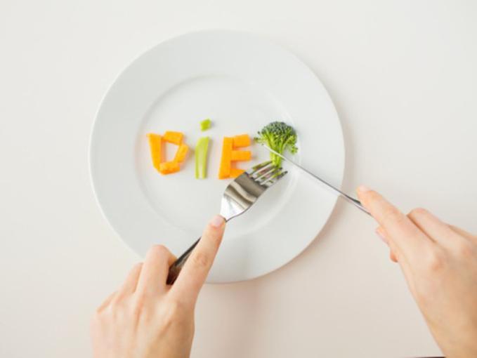 お皿にのった野菜