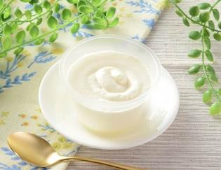 公式サイトで掲載された「プレミアムロールケーキのクリーム」の画像