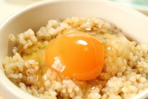 玄米たまごかけご飯のアップ画像