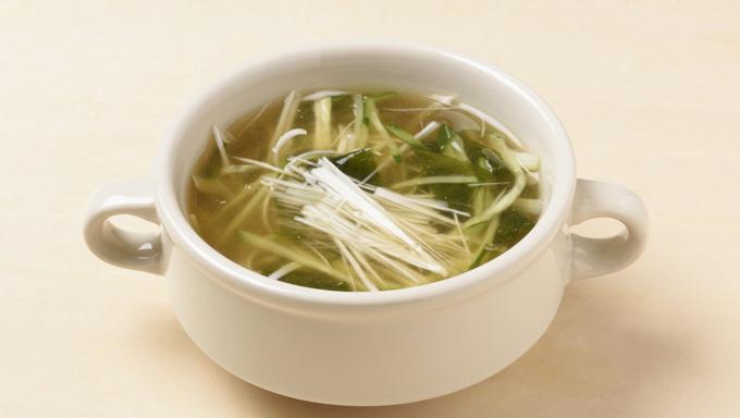 わかめときゅうりの冷製スープ