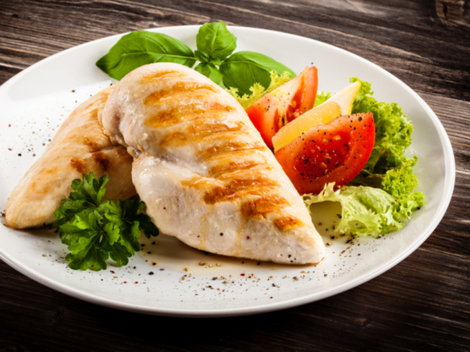 鶏肉料理と野菜