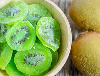 おいしく間食を楽しみたい!自宅で簡単に作れる「干しフルーツ」