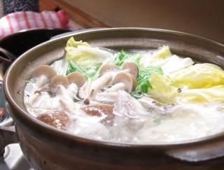 8月〜10月生まれの11月は、ダイエット運が低迷中。鍋料理で代謝アップ!(8月7日〜10月19日生まれ)水晶・漢方女神占い