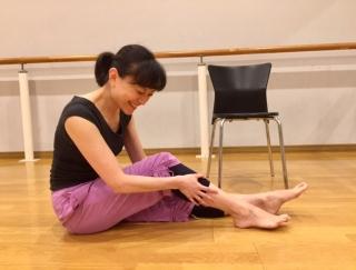 「足がつった」を即座に解消!バレエダンサーが教えるストレッチと予防法