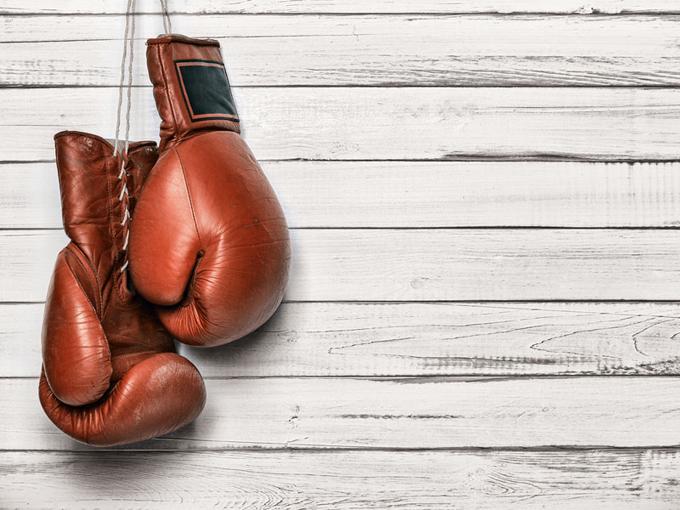 ボクシングのグローブの画像