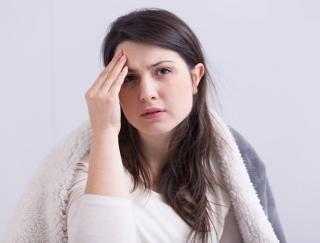 忙しい人は風邪を引きやすい? 風邪撃退のカギはマスクと睡眠
