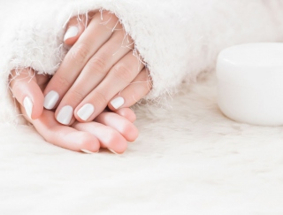 いくつになってもキレイな手で!冬の手肌ケアに効果的なアイテム