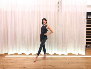 体幹を強化して「姿勢美人」を目指す!壁を使った最強バレエエクササイズ!