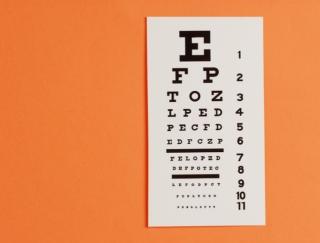 1日5分で視力と集中力がアップ!?人気の「視力回復」厳選アプリ3つ
