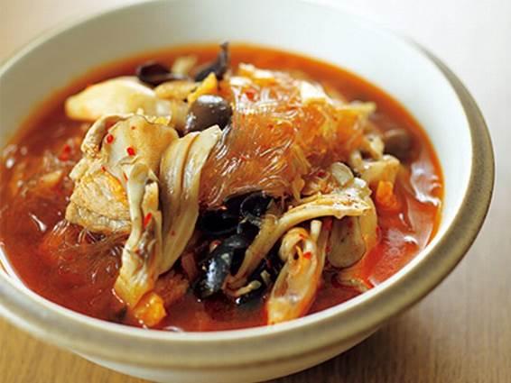 豚肉ときのこの菌活春雨スープの完成イメージ