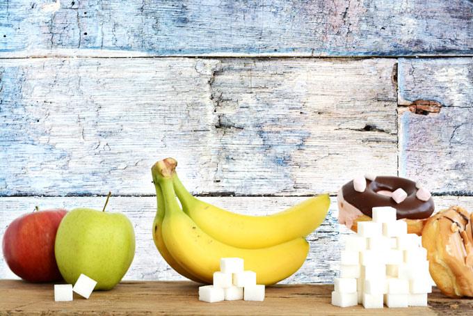 果物とドーナツの糖分を表した画像