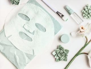 シートマスクの正しいつけ方と保湿効果を最大限に伸ばす方法