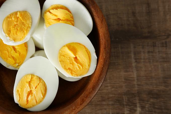 茹で卵の写真