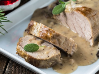 豚ヒレ肉とキノコのオーロラソースの画像
