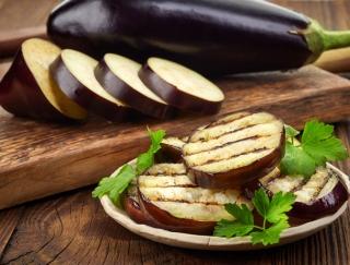 なすは栄養価が低いって本当? なすの基礎知識とおいしく食べる料理