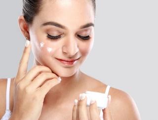 間違いだらけのNGスキンケア!? 皮膚科医が教えるとっておきの洗顔方法♪