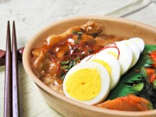 「韓国風豚カルビ弁当」のアップ画像