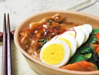 キムチの辛さが病みつきに!カルビのやわらかさに舌鼓を打つ「韓国風豚カルビ弁当」がファミマに登場