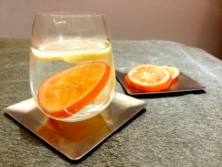 オレンジとレモンの白湯アップ