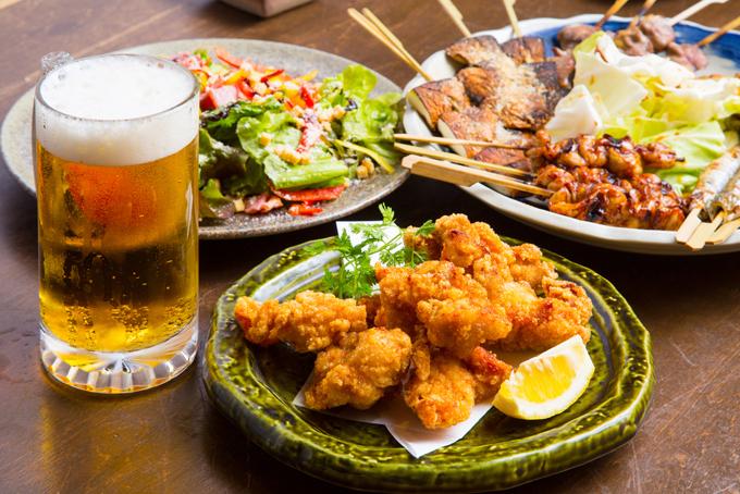 飲み会の食事イメージ画像