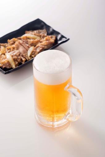 ビールと牛皿