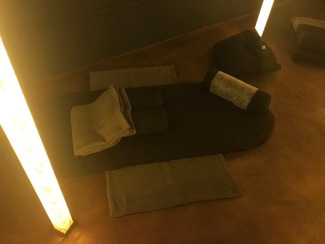 瞑想クッション