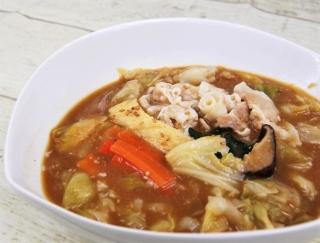 野菜のうま味とみそのコクが見事にマッチ!セブンの新作「1/2日分の野菜! たっぷりお肉の味噌鍋」