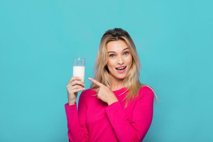 豆乳をもつ女性