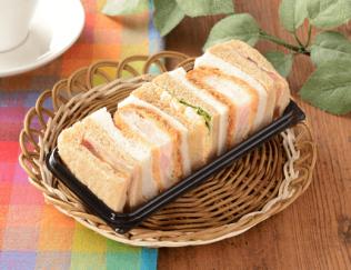 公式サイトで掲載された「海老カツと野菜BOX」の画像