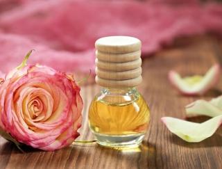 疲れやストレスが癒される香りの魔法♡ 気分がリフレッシュするアロマオイルの選び方