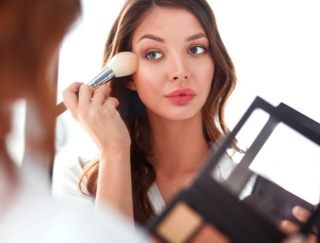顔のバランスが診断できる「理想の顔に近づこう! 顔採点アプリ FaceMaker」